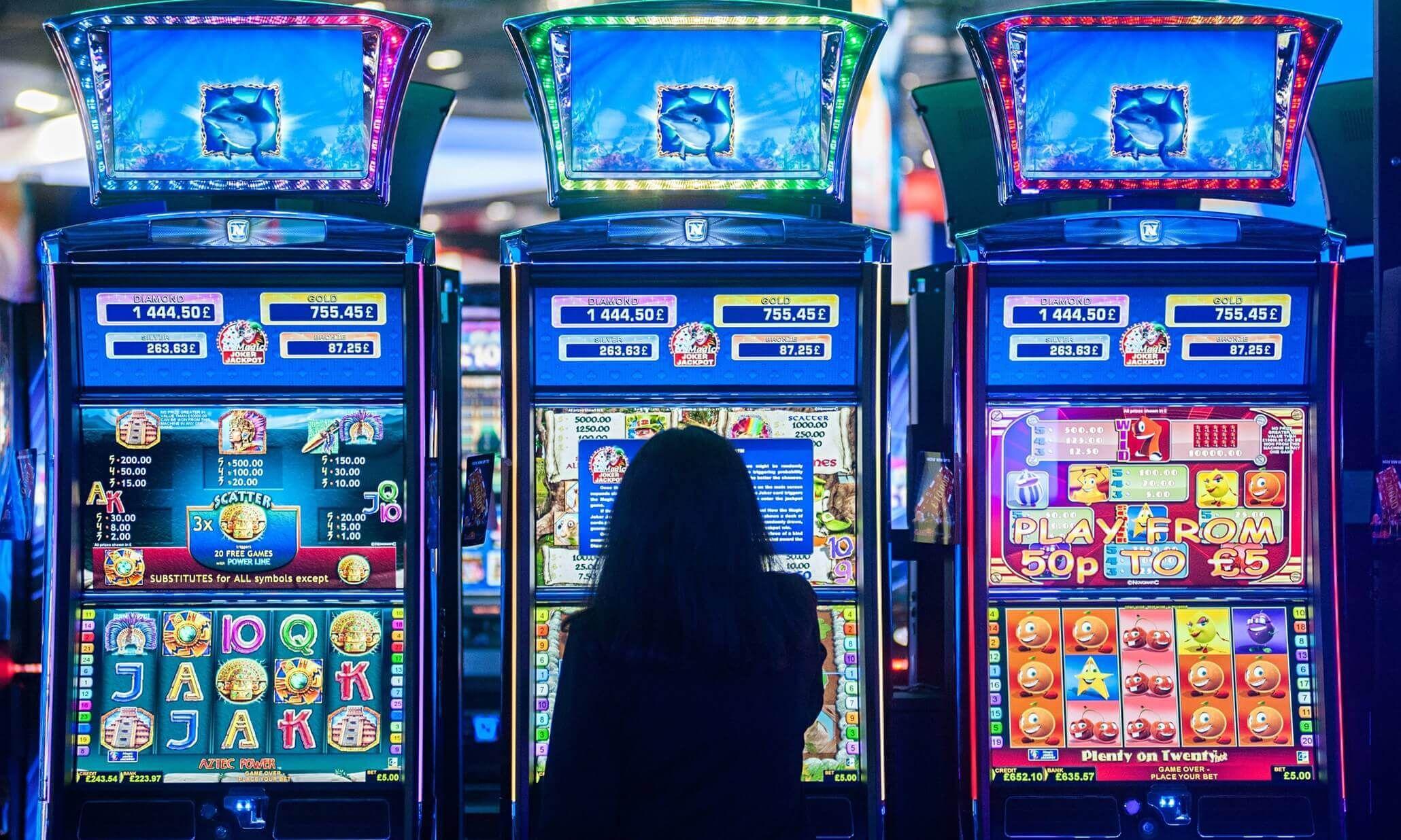 Как выграть в игры клубнички обезьянки гаражи в онлайн казино